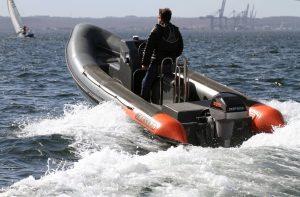 Tornado 6m electric coach boat